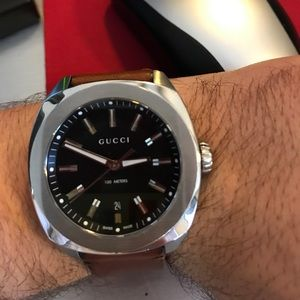 Authentic Gucci GG2570 Brown Leather Watch